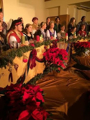 Madrigal singers continue tradition