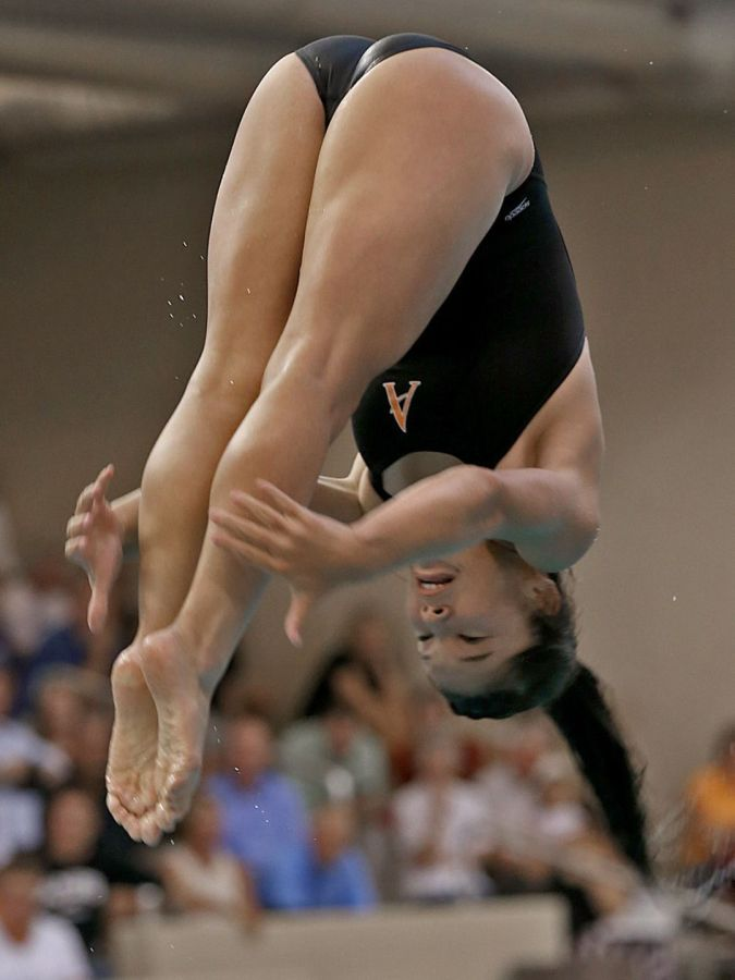 Emme Peters: diving into DM's (pools)