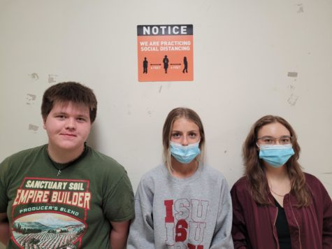 From left to right: Sam Keenan, Sofia Mamakos, and Calia Alexe. Three different takes on the mask mandate. This picture does not refelct these individualś mask preferences.